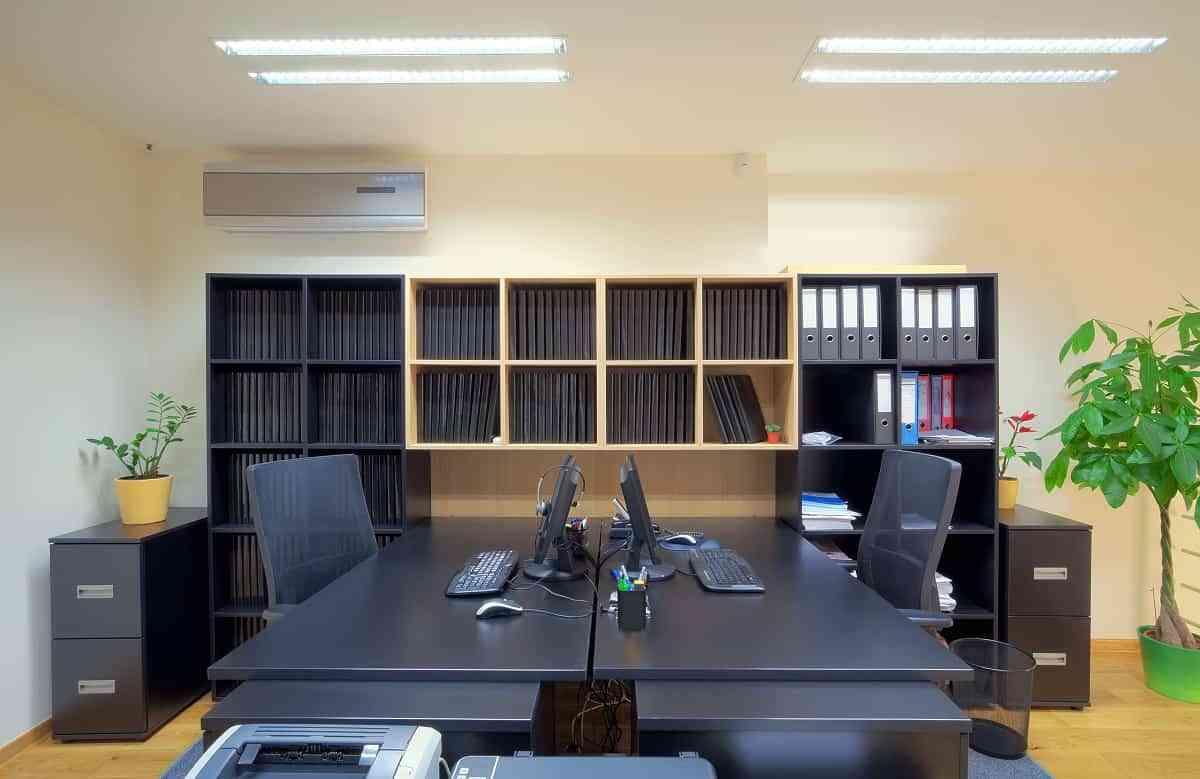 Descubre el mobiliario perfecto para dise ar un despacho for Disenar un despacho