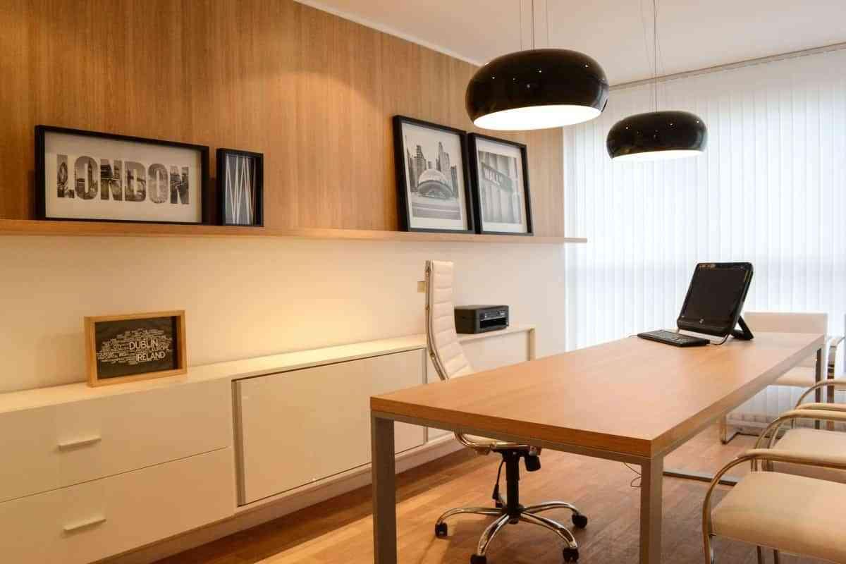 escritorio elemento principal del despacho alto lago