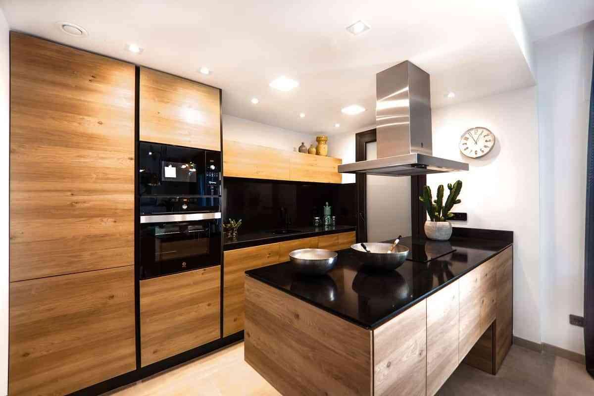 64f9e40fb Consejos para iluminar tu cocina utilizando luz natural y artificial