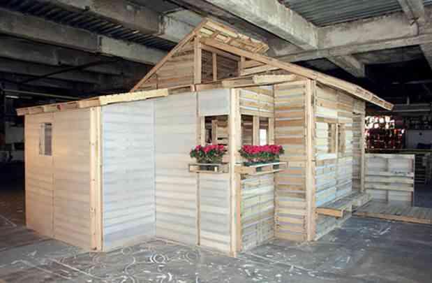 casas hecha con palets