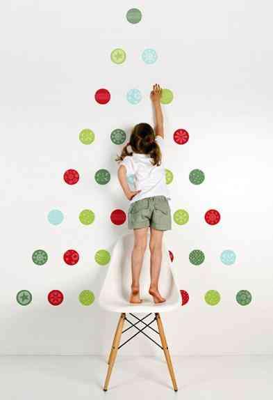 christmas tree vinyls balls