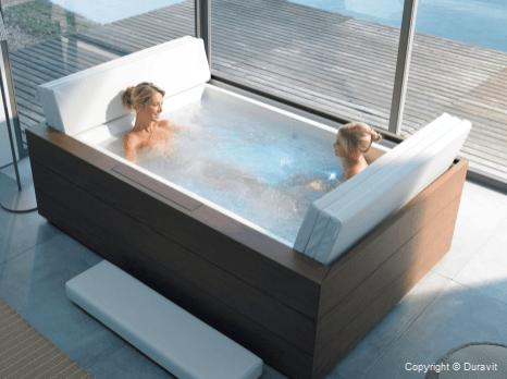 esta genial mini piscina se puede ubicar tanto en el interior como en el exterior de nuestra vivienda