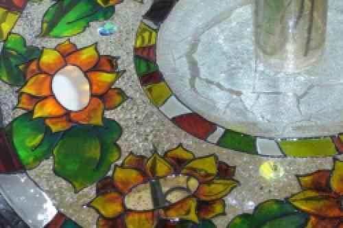 http://decoracion2.com/imagenes/2010/08/702_dimensylacavitralmesajardindetalle2.jpg