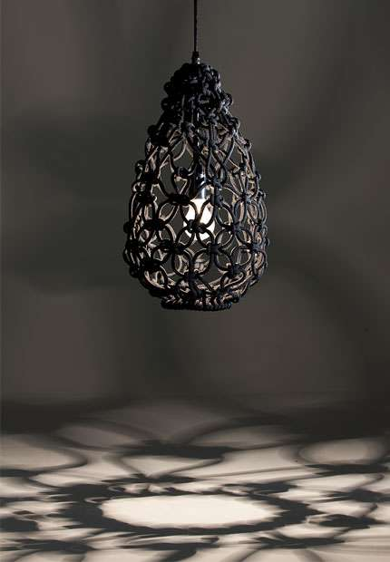 2.knotted_egg_light