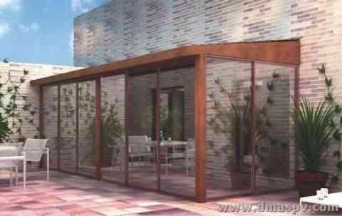 Atico de diseño con cerramiento de madera