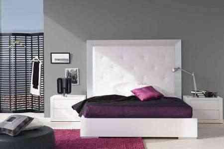 Dormitorio con toques color fucsia