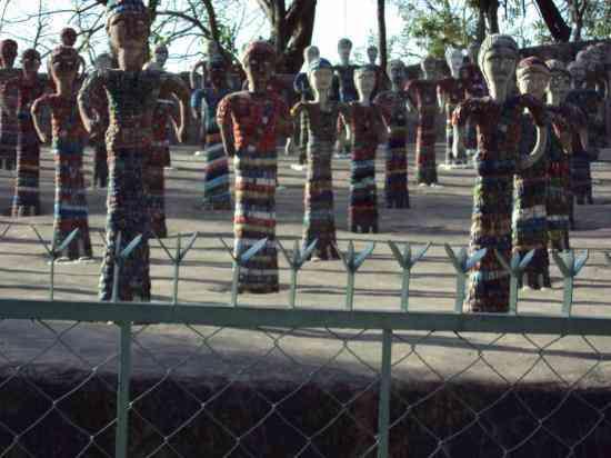rock-garden-dolls