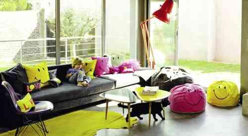PUff de colores en tu salón