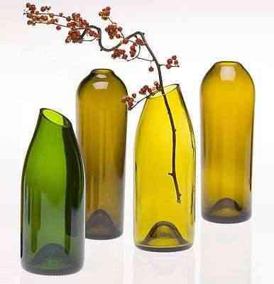 botellas de cristal como jarrones
