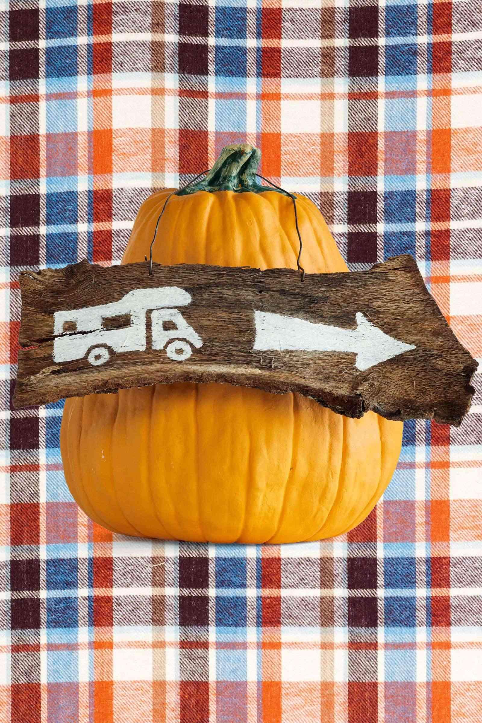 Calabazas en tu decoracion de Halloween - a cuadros