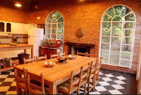classic kitchen decoration