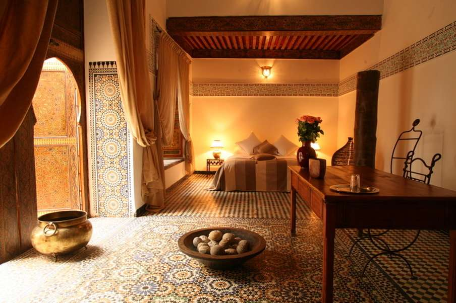 Decoraci n del living con estilo marroqu - Decoracion etnica salones ...