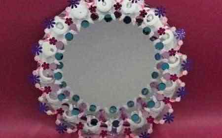 por ello en el artculo de hoy os contamos de qu manera decorar un bonito espejo reciclando vasos de plstico con esta actividad si la hacemos