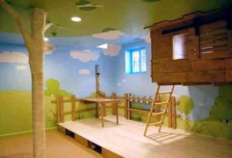 Decoración infantil: Una casa del árbol en el dormitorio