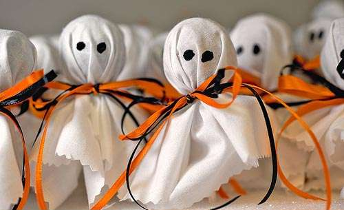 Halloween Realiza tus propios Fantasmas Reciclados