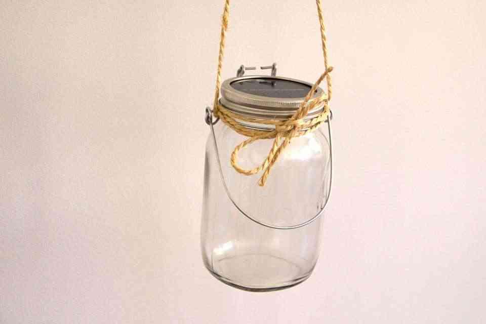lampara solar en tarro de cristal