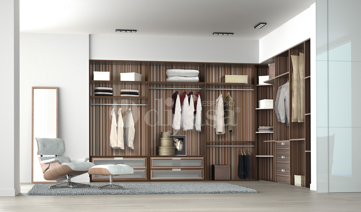 gran espacio vestidor con muebles a medida