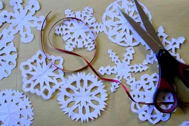 Decorar con guirnaldas de papel - Guirnaldas navidad manualidades ...