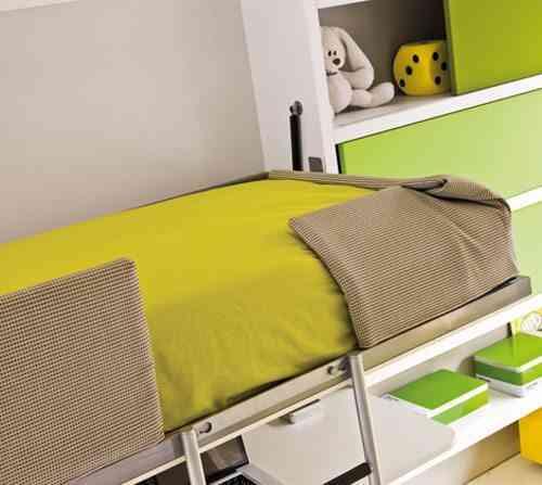 detalle de escritorio cama
