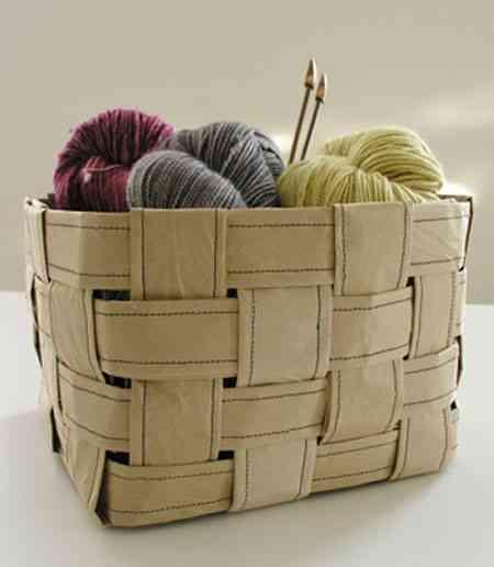 cesta de papel de tiras