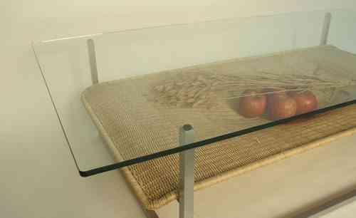 mesa con adornos