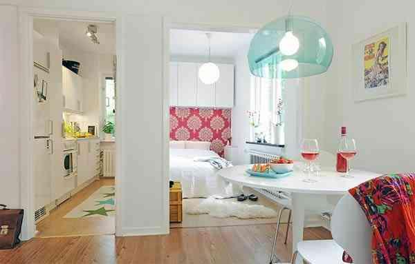 apartamento pequeño pintado de blanco