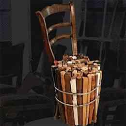 sillas de ramas secas