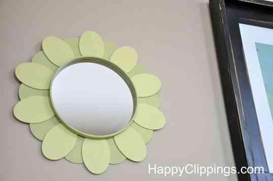 C mo decorar un espejo for Como decorar un espejo redondo