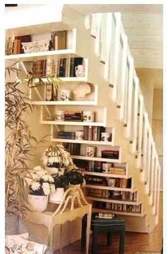 decorar las escaleras para que se conviertan en un espacio funcional es algo que se viene utilizando desde tiempo atrs ya hemos visto en nuestro espacio