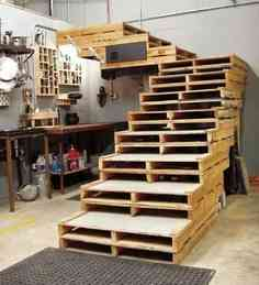 escaleras con pallets