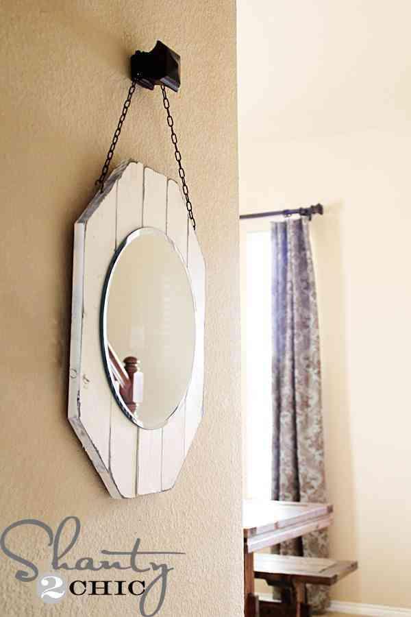 Marco para espejo de madera reciclada for Como hacer un espejo con marco de madera