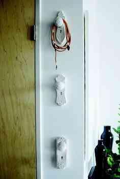 Reciclar las cerraduras antiguas de las puertas for Puertas para reciclar