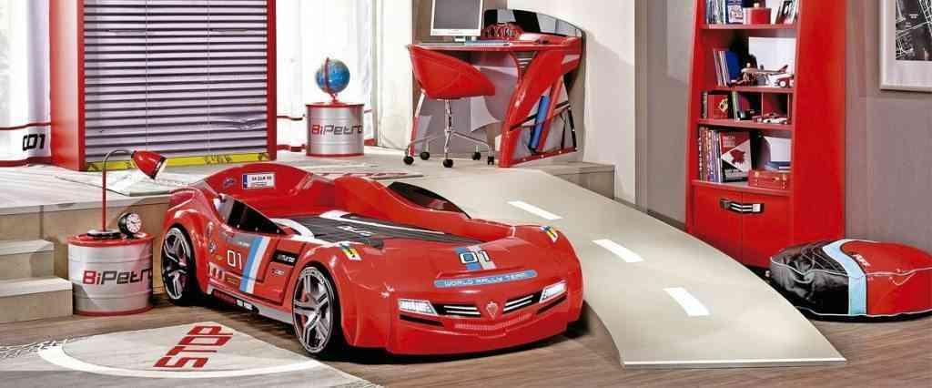 cama en forma de coche