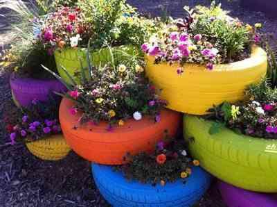 neumáticos con flores