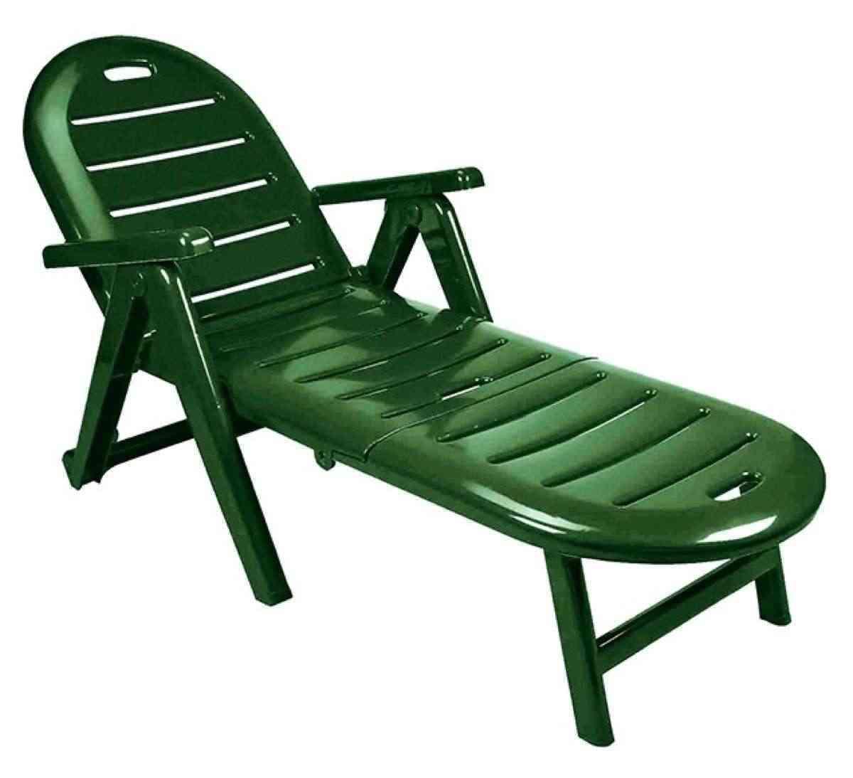 chaise longue en plastique