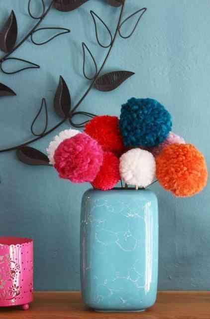 manualidades con pompones - flores de pompones