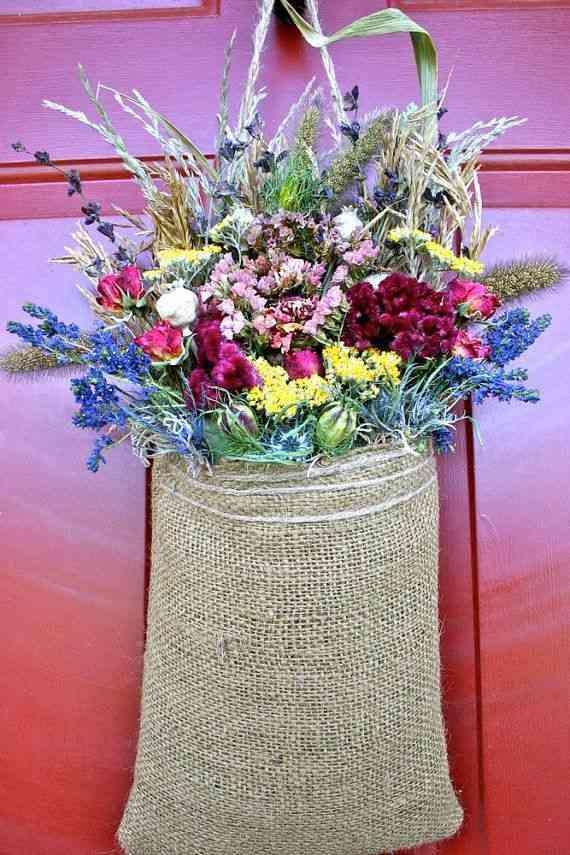 Detalles para decorar la puerta en primavera for Detalles para decorar jardines