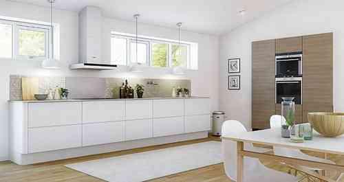 Decorar la cocina en blanco - Cocina blanca encimera madera ...