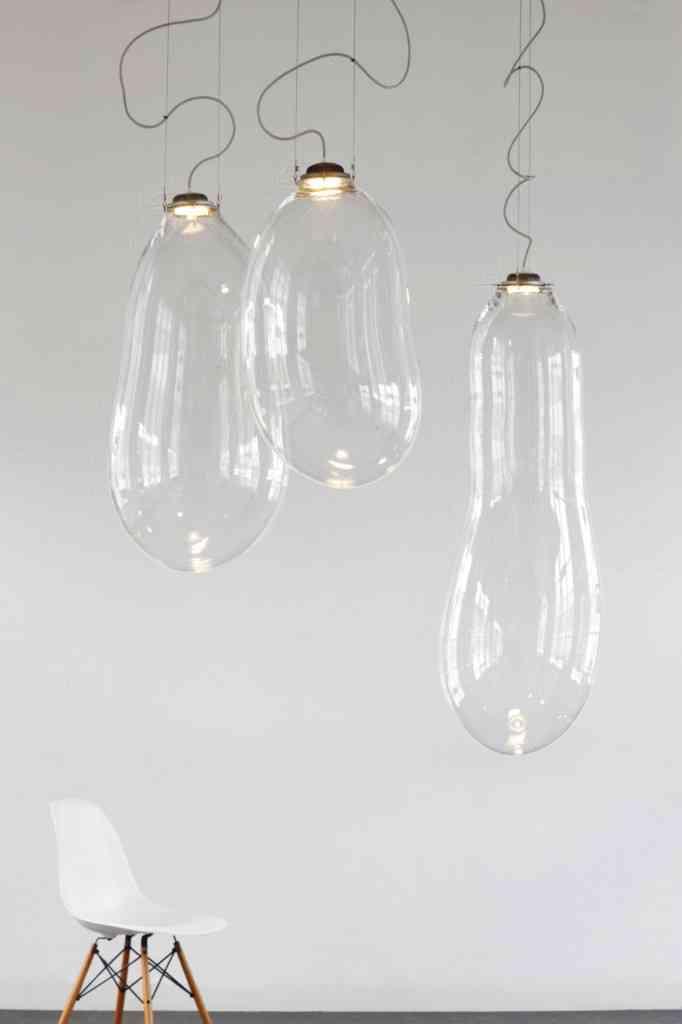 Lámparas inspiradas en pompas de jabón trasparentes