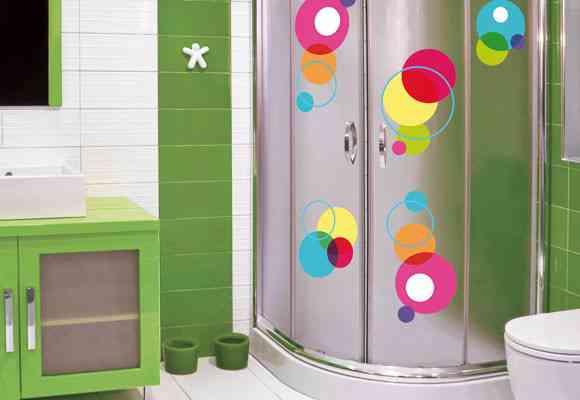 Decoraci n de ba os ducha con personalidad propia - Pegatinas para mamparas de bano ...