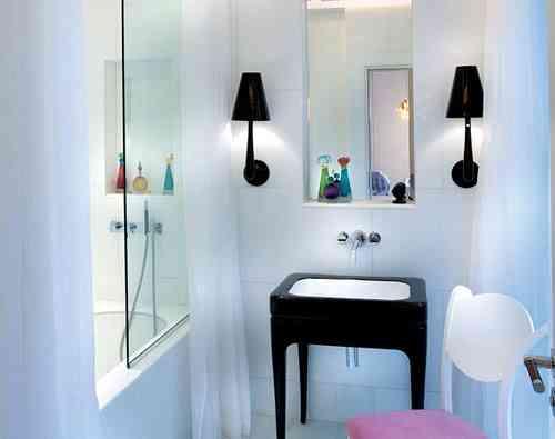 baño negro blanco rosa