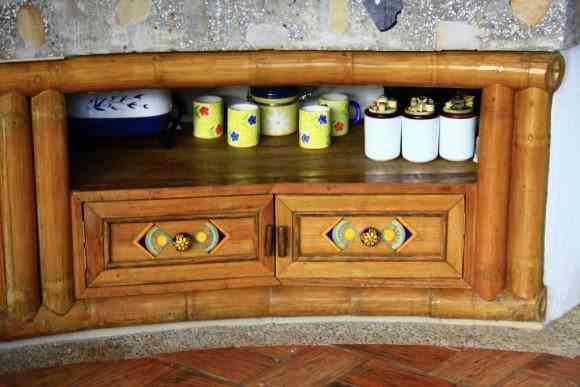 Cocina con aspecto rustico