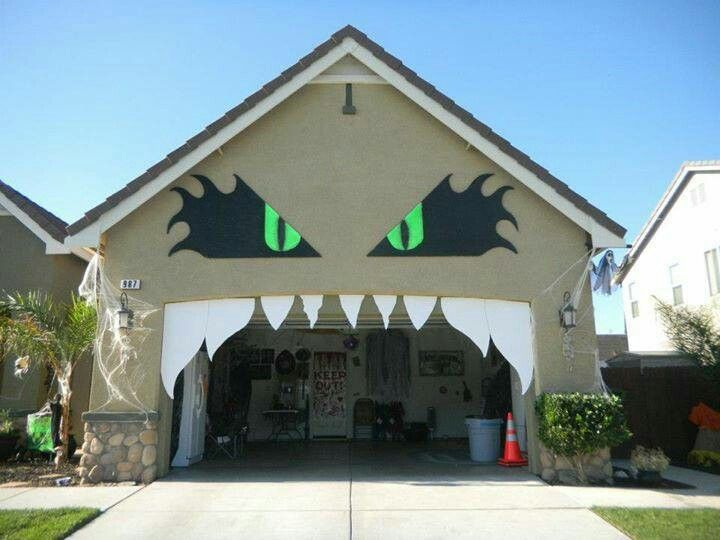 garaje terrorífico para Halloween