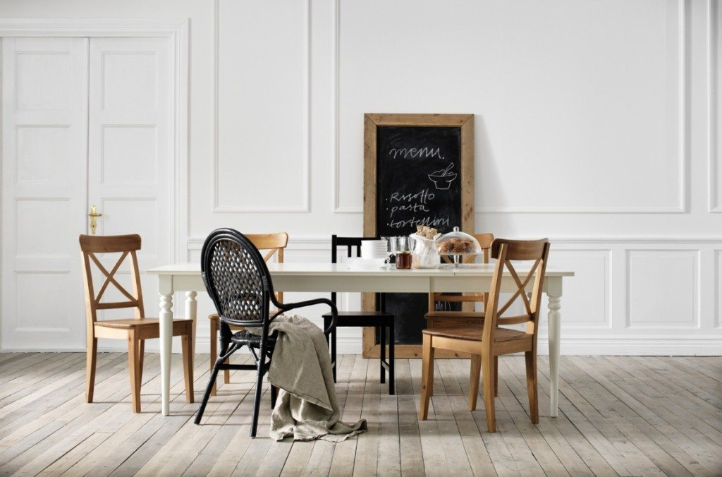 A la búsqueda de sillas en ikea ¿con cuál te quedas?