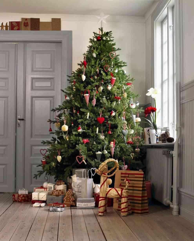 c mo escoger el mejor rbol de navidad. Black Bedroom Furniture Sets. Home Design Ideas