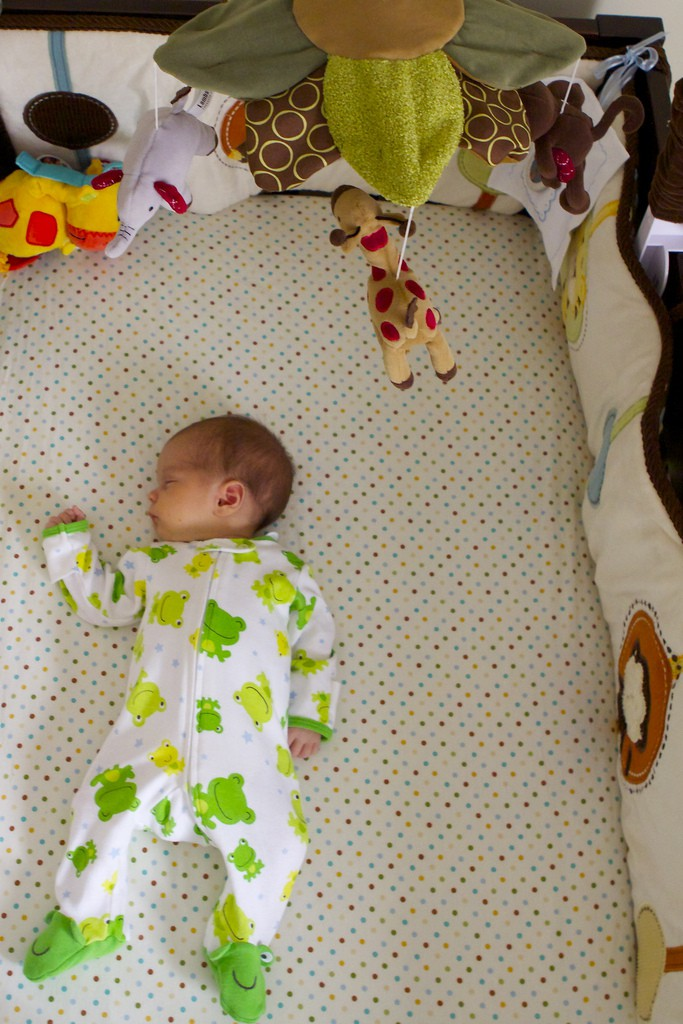 Ideas econ micas para decorar un dormitorio para ni os - Como decorar el dormitorio de un bebe ...