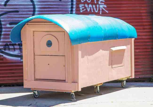 casa reciclada de contenedor