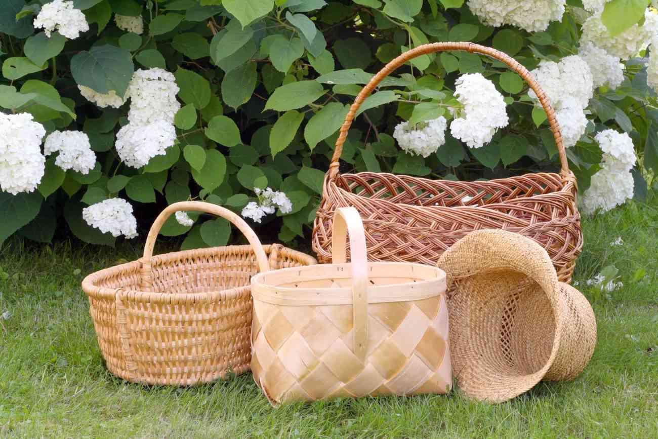 Decorar con cestas los rincones del hogar genial - Como adornar una cesta de mimbre ...