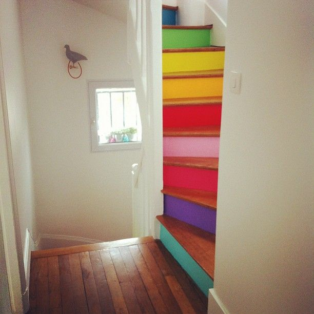 Ideas para decorar las escaleras de interior for Decoracion duplex escaleras