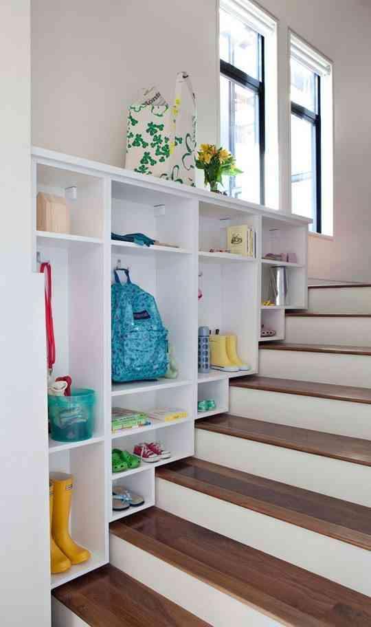Ideas para decorar las escaleras de interior - Como poner moqueta ...